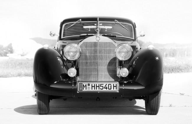 PortfolioPS_cars_A4_0040_5_BW